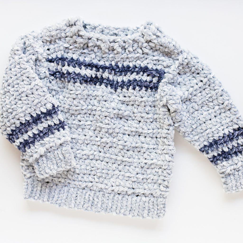 Velvet crochet pullover patter for kids.